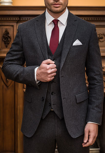 how-to-buy-your-first-suit-material