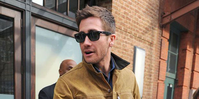 a7c494784e973 Step 1  Pick up a pair of Ray Ban Wayferers in black or tortoiseshell  brown. Step 2  Wear them like Jake Gyllenhaal is here. Step 3  Do literally  everything ...