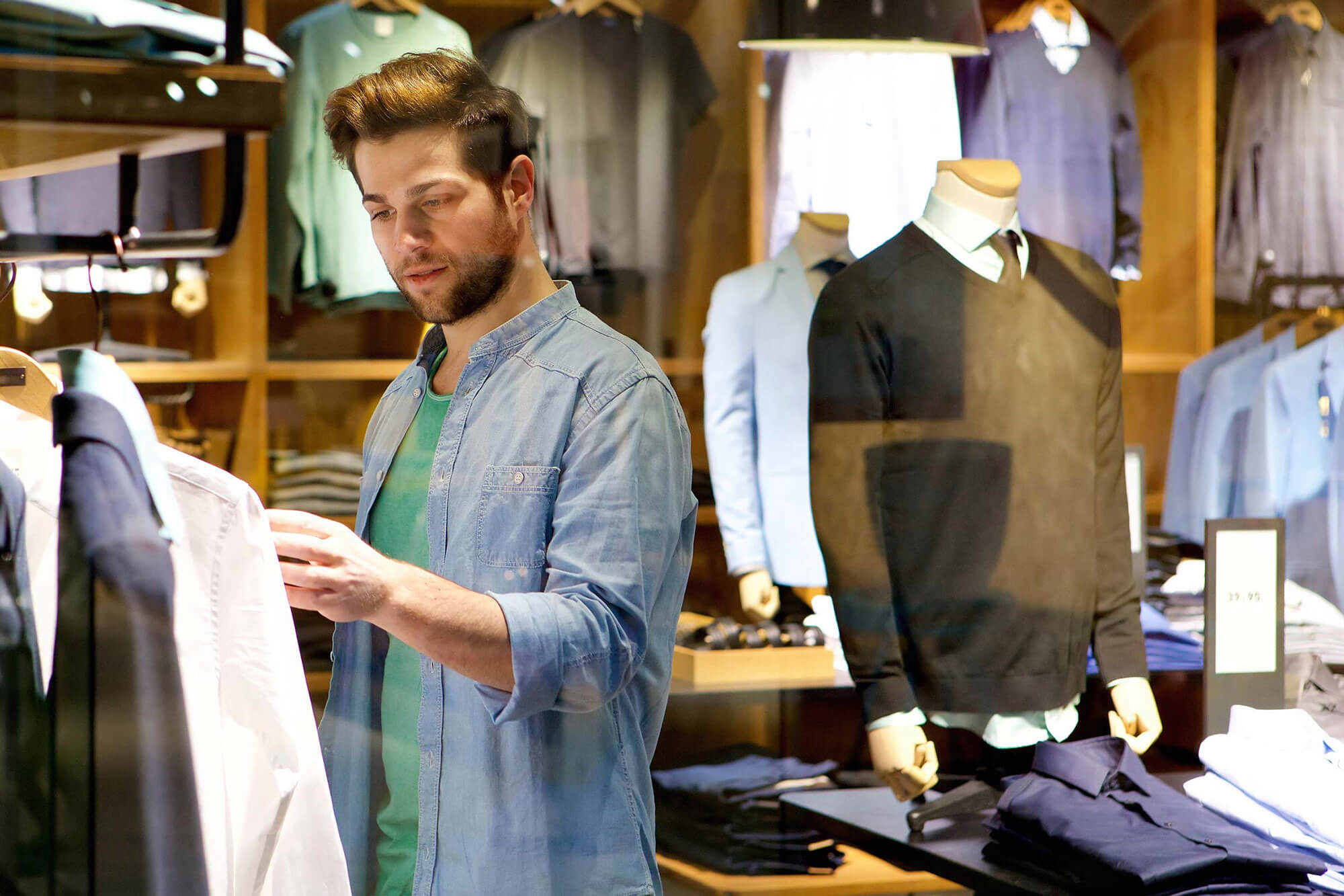 dating advice for men in their 20s clothing store